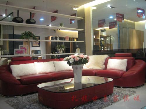 红色欧式沙发-扎鲁特旗世豪家俱城